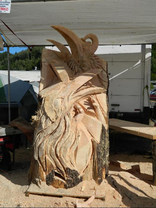 Reedsport chainsaw festival
